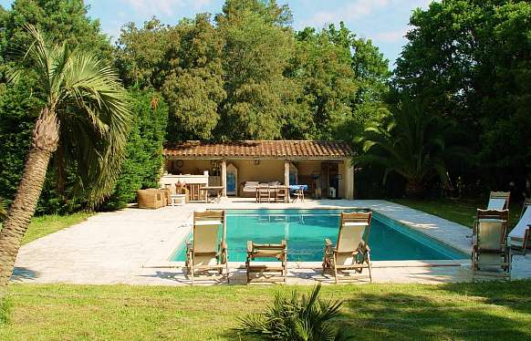 Real estate of 2 hectares for sale in Saint Tropez