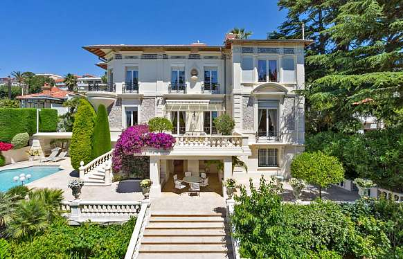 Sale luxury property in Cannes with nice sea view
